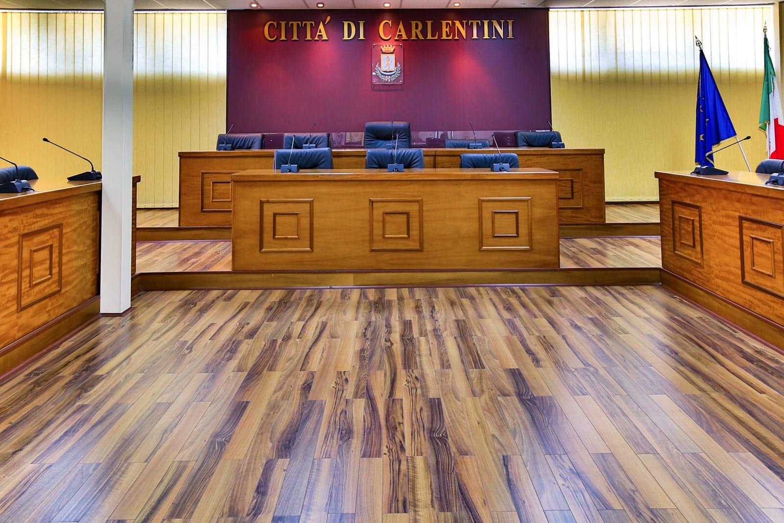 aula consiliare delle riunioni del comune di carlentini