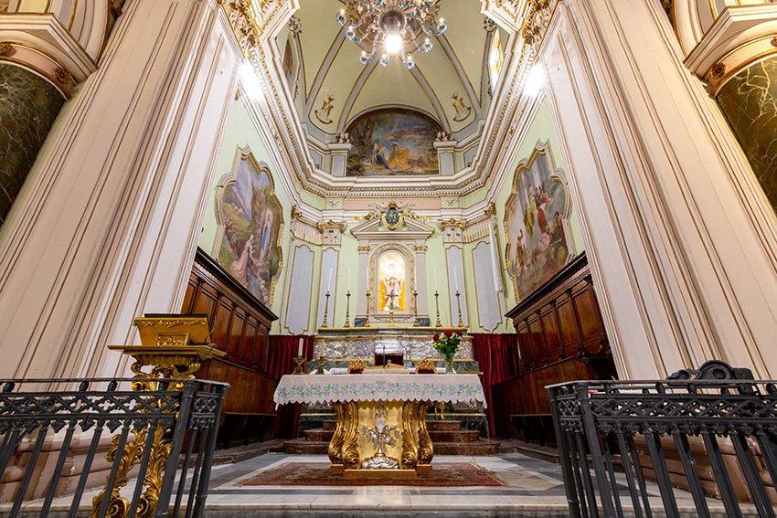 chiesa-madre-carlentini-altare